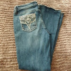 NWOT Vigoss Embroided Boot Cut Jeans